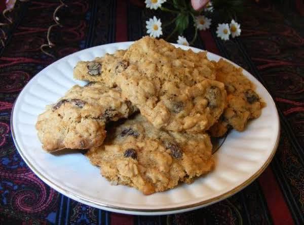 Oatmeal Coconut Raisin Cookies Recipe