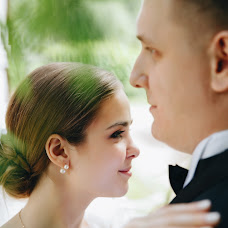 Wedding photographer Ulyana Lenina (UlichKulich). Photo of 16.01.2018