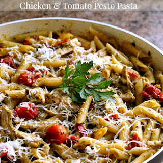 One Pot Chicken & Tomato Pesto Pasta Recipe