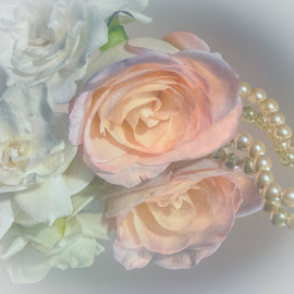 Flowers & Pearls, for Girls by Joan Sharp - Artistic Objects Glass ( glass, flowers, pears, pastesls,  )