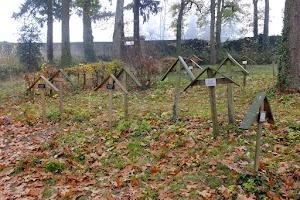 Cmentarz przyklasztorny w La Tourette
