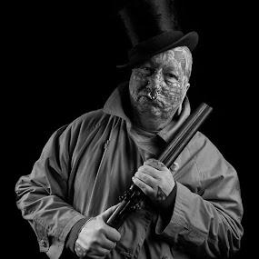 @nikontop@nikon_portrait by Sue Tydd - People Portraits of Men ( nikontop, niko_portrait )