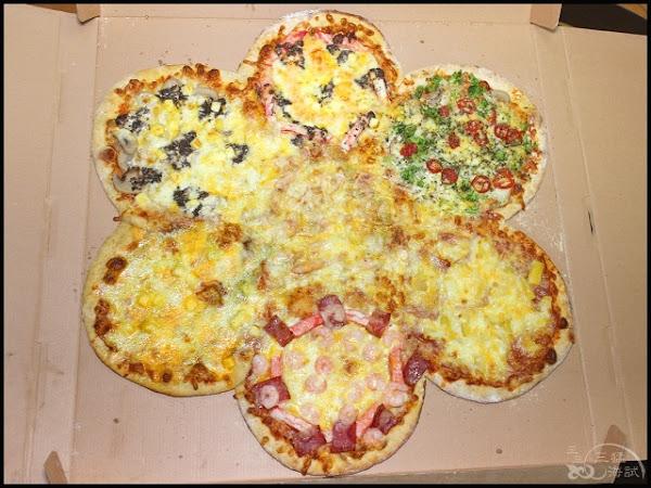 林太太手工石烤披薩~24吋披薩花,多種口味,任選7味自由搭配!還有現點現炸的噴汁炸雞+古早味自製泡泡冰!蘆洲美食