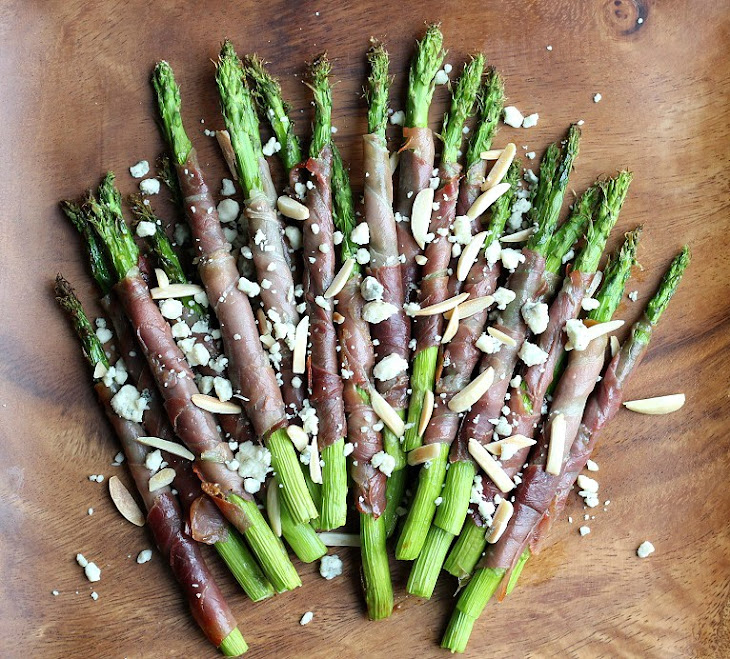 Prosciutto Wrapped Asparagus with Almonds and Gorgonzola Recipe
