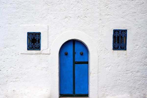 La porta blu di LaMony