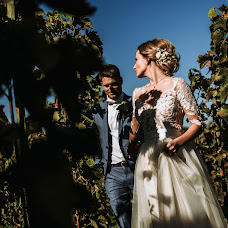 Wedding photographer Gábor Badics (badics). Photo of 08.11.2018