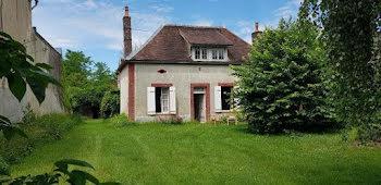 maison à Villechétive (89)