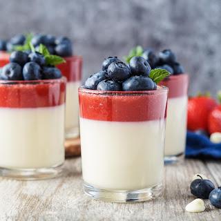 Strawberry and White Chocolate Panna Cotta Recipe