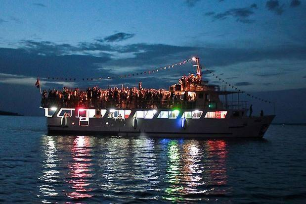 yatch party goa_image