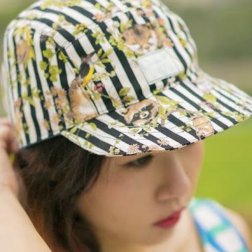 Cap ≠ Boy style (草本 + 動物 )+ 條子 ≥ Girlish Style  camp cap 比較 柔與悠 更適合喜歡爽朗的你  #lameow #camphats #訂製帽 #帽子 #hats #手作 #春日 #條子 #girlish #girlishstyle #爽朗 #清新