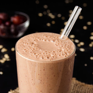 Cherry, Oat & Almond Butter Smoothie