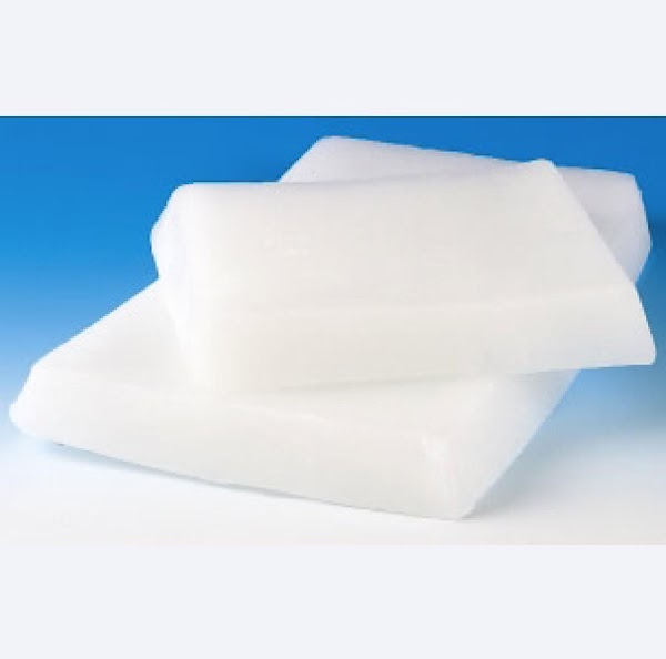 paraffin wax in a double boiler or microwave safe glass bowl