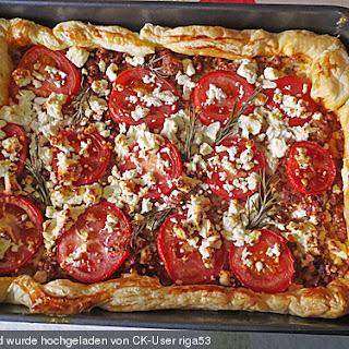 Hack-Tomaten-Pastete mit Schafskäse