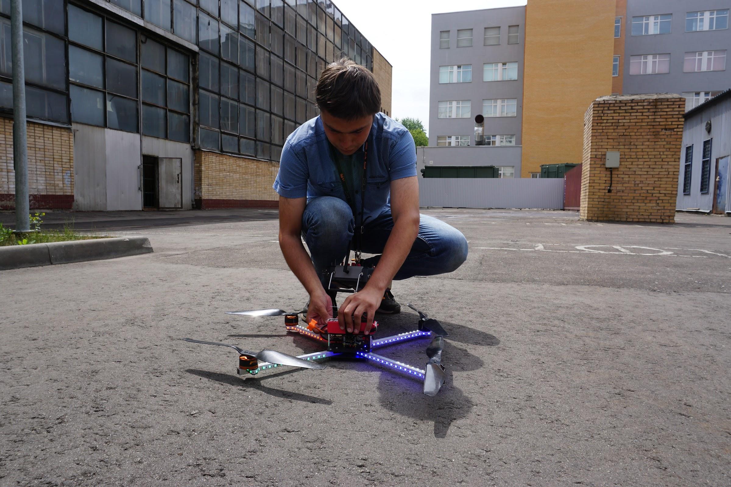 Школа дронов Траектория Взлета в МАИ