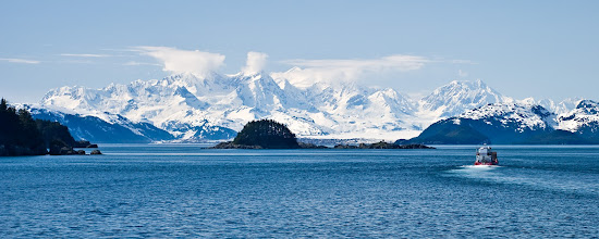 Photo: Panorama view - Fairweather Range (in Glacier Bay NP), from Elfin Cove