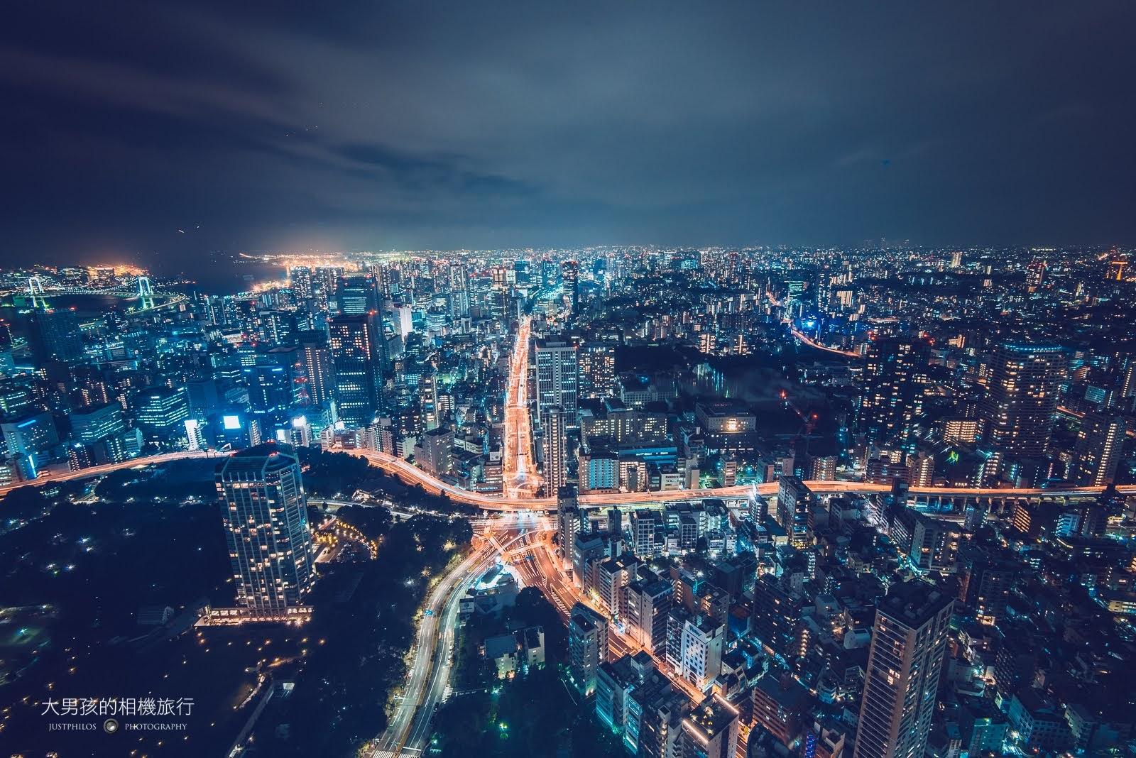 東京鐵塔特別展望台夜景,可從高處遠眺東京市區街景。