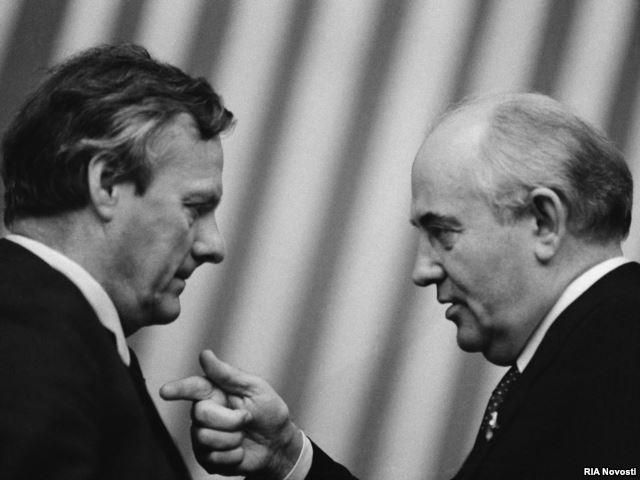 Анатолий Собчак и Михаил Горбачев. 1989 г.