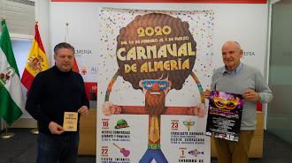 Presentación del Carnaval de Almería 2020 por parte del concejal de Cultura y el presidente de Femaca.
