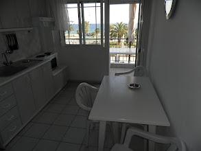 Photo: Η κουζίνα στο διαμέρισμα 29-Kichen of apartment No 29