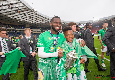 📷 🎥 Vader en zoon? Zestienjarig toptalent van Celtic zorgt voor verwarring