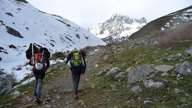 Photo: Comenzamos a andar hacia el refugio del Meicín