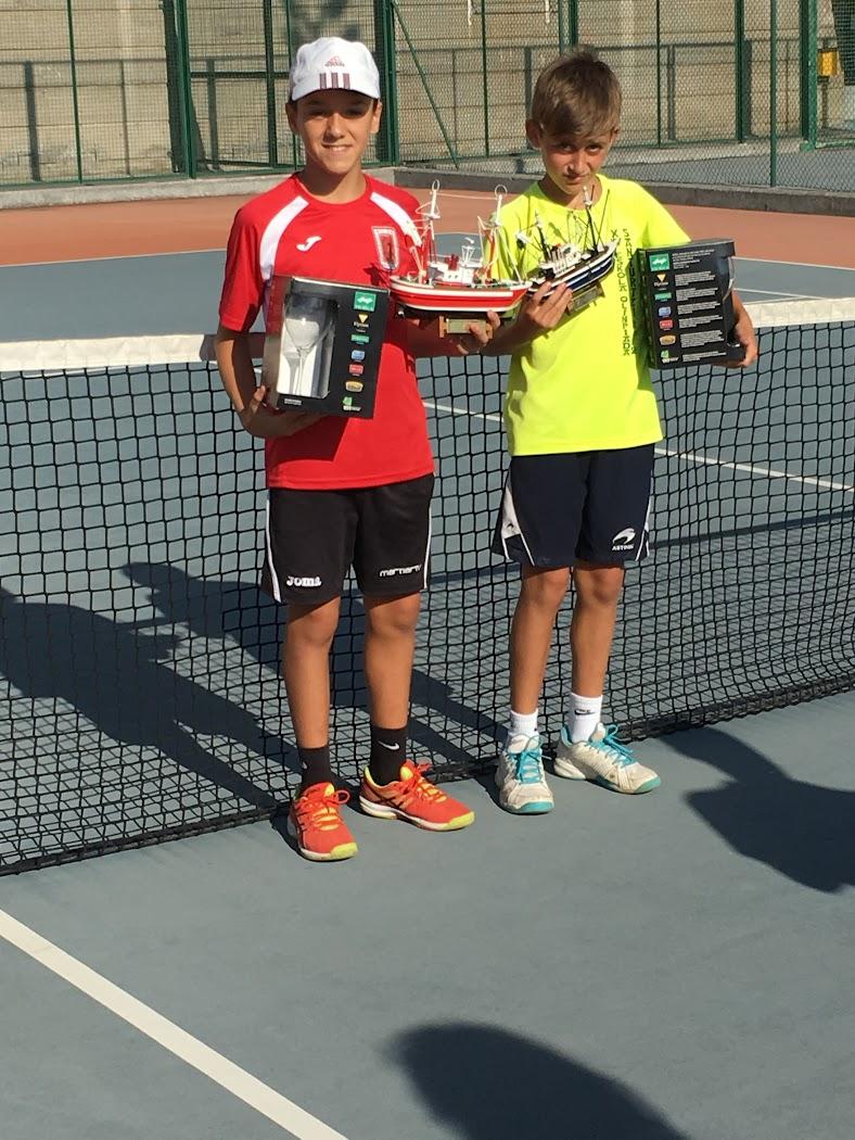 Ganadores de tenis alevín en el torneo CT Santurtzi 2016