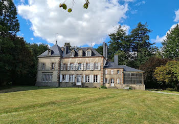 château à Pouzauges (85)