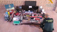 Material recuperado por la Guardia Civil.