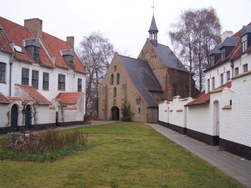 Het begijnhof van Diksmuide.