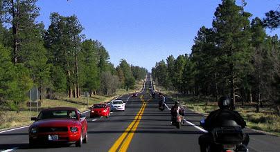 Photo: Jedziemy wzdłuż Wielkiego Kanionu