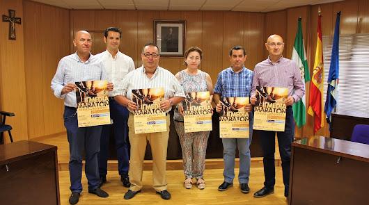 Deportes firma los convenios con los patrocinadores de la II Media Maratón