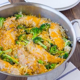 Skillet Chicken Broccoli & Cheddar Rice {Gluten-Free}
