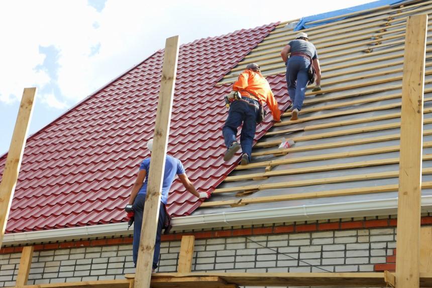 Tuân thủ đúng quy trình lợp mái để đảm bảo an toàn