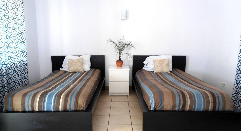 Paraiso Motel & Villas