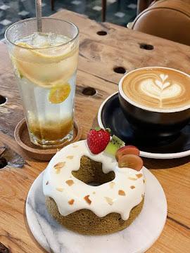 Meller 墨樂咖啡