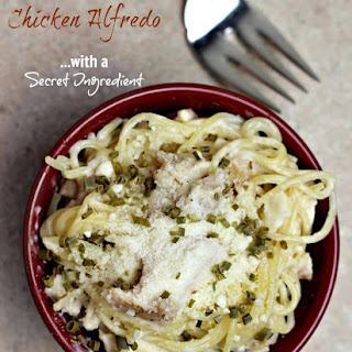 (ad) Ten Minute Chicken Alfredo with a Secret Ingredient
