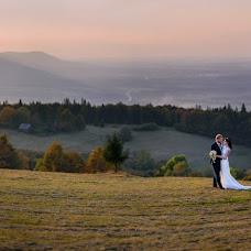 Wedding photographer Lukáš Zabystrzan (LukasZabystrz). Photo of 05.10.2017