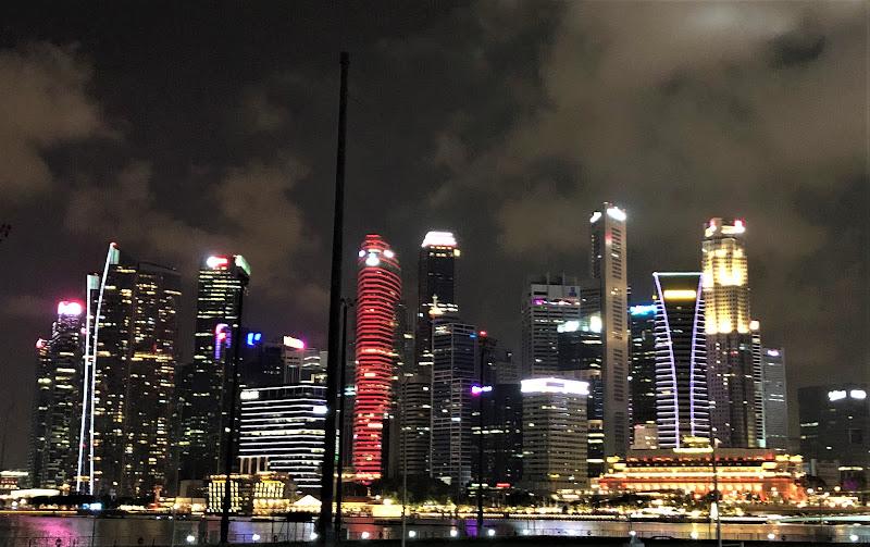Singapore by night  di GIRENR