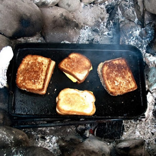 How to Make a Grilled Cheese Using Bacon Grease.