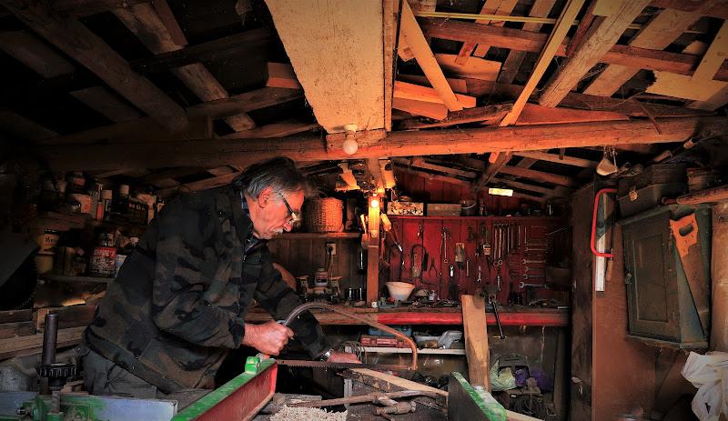Il babbo in falegnameria di ManuelGoWest