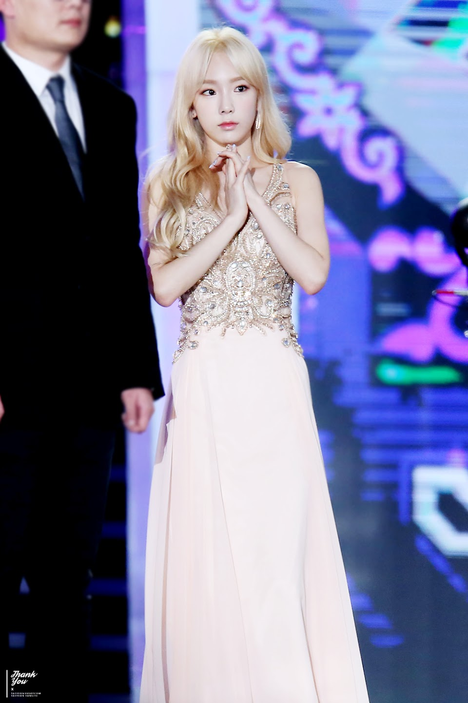 taeyeon gown 57