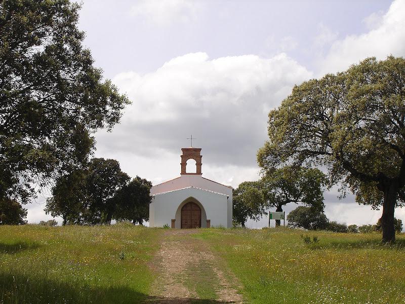 Ermita en la Poza de la Benita