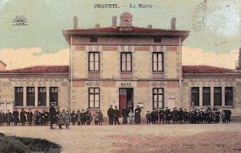 Photo: Orgueil - 82  Mairie Ecoles - carte postée le 08/04/1909 à destination de Melle VIGUIÉ à Puylaroque (82)