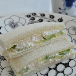 Avocado, Tuna and Tofu Sandwich