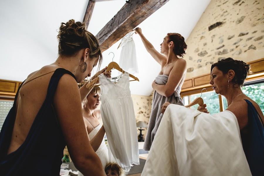 Wedding photographer Olga Litmanova (valenda). Photo of 18.02.2015