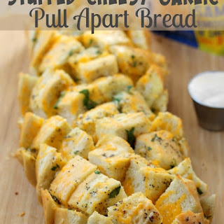 Stuffed Cheesy Garlic Pull Apart Bread