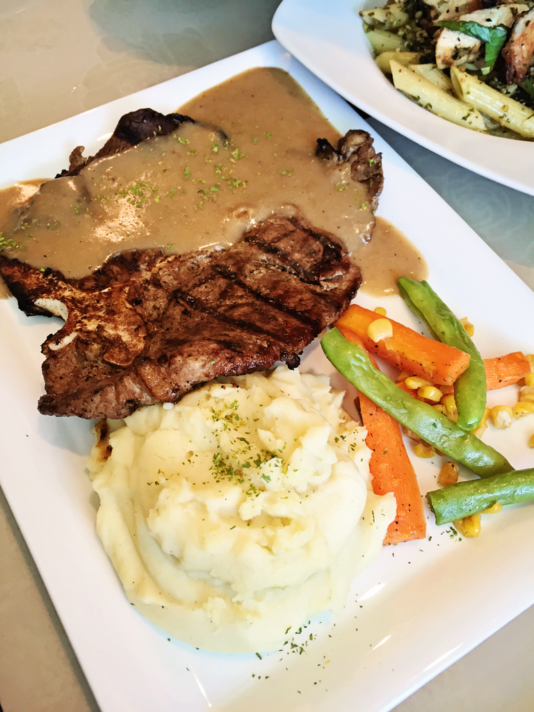 Vaneaty Resto Cafe T-bone Steak with Mushroom Sauce