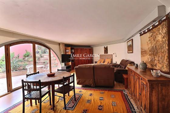 Vente maison 8 pièces 660 m2