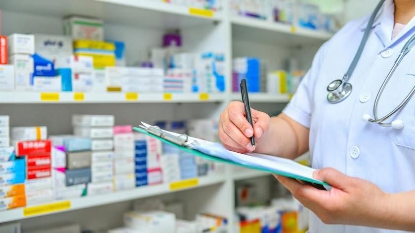Hasta 21 medicamentos podrían servir para tratar el virus.
