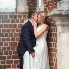 Wedding photographer Viktoriya Dementeva (SpectrumVates). Photo of 16.12.2012